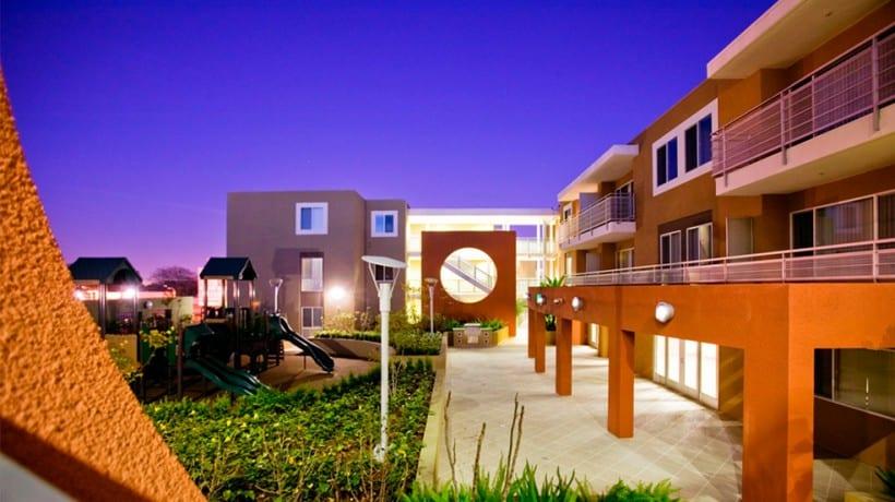 1011 Adams Apartment Community Main Courtyard